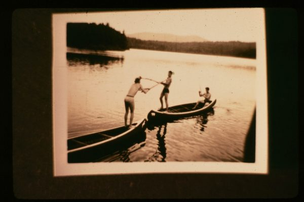 A-1-086-canoe tilting