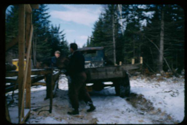 A-1-112-Unloading Logs